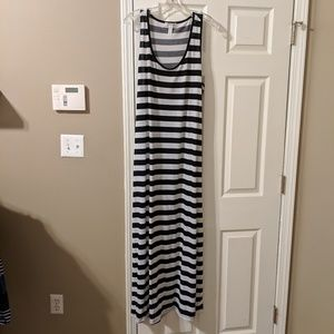 Black and White Stripes Stretchy Maxi Dress sz  2x